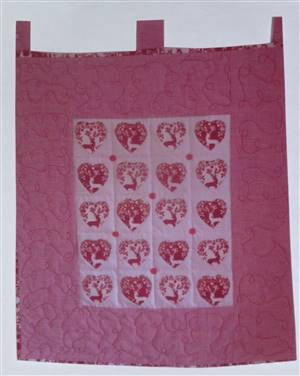 Christmas Fabric Wallhanging. 25 x 22""